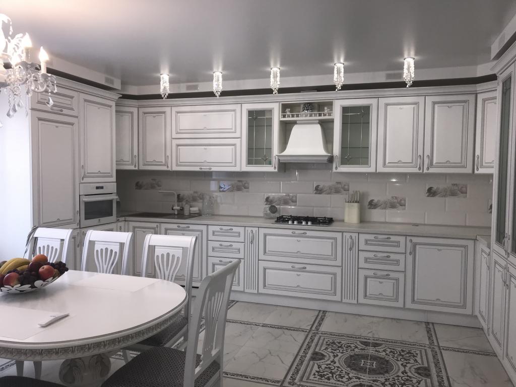 Кухня «Астория» в загородный дом